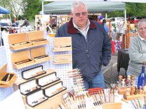Tim Swanson Displays Crafts